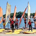 Kamp Windsurfen & Watergames in De Lilse Bergen (Lille) - PELICANSCHOOL.BE
