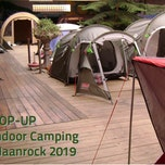 Pop-up Indoor Camping tijdens Maanrock