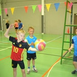 Multimove + volleybalinitiatie (1ste en 2de leerjaar)